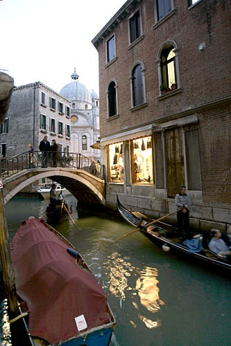 A canal-level glimpse at Santa Maria dei Miracoli.