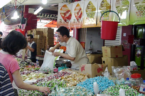 Market in Sinagpore's Chinatown