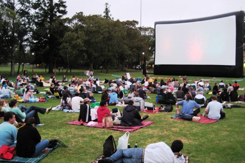 One of the many open-air outdoor theaters in Sydney.
