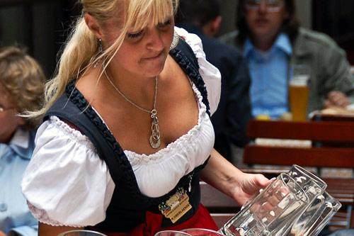 "Traditional Bavarian garb for women includes the dirndl. Photo by <a href=""http://www.frommers.com/community/user_gallery_detail.html?plckPhotoID=63854c7b-e4c8-4b66-a6c2-40e5cdef0e92&plckGalleryID=c0482941-0d2d-4cca-b8c4-809ee9e20c72"" target=""_blank"">Konstantyn/Frommers.com Community</a>"