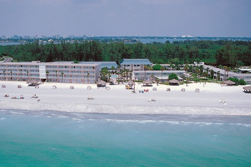 Aerial view of Sandcastle Resort at Lido Beach. Photo: Courtesy The Sandcastle Resort.