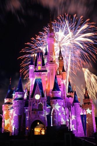 Vivid colors and visual effects will tell a thrilling story headlined by fairies and pirates during the Summer Nightastic! Fireworks Spectacular at Walt Disney World Resort.