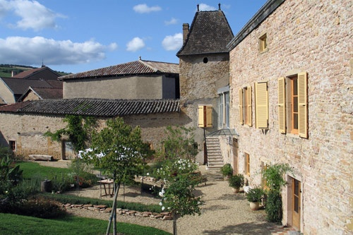 Main house at Domaine la Source des Fées, Fuissé, France. Photo: La Source des Fées