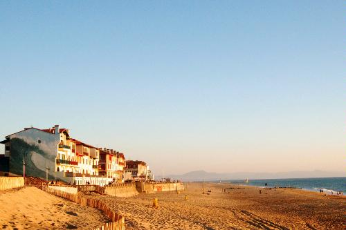 The Koala Surf Camp is situated on the beach in Hossegor, France.