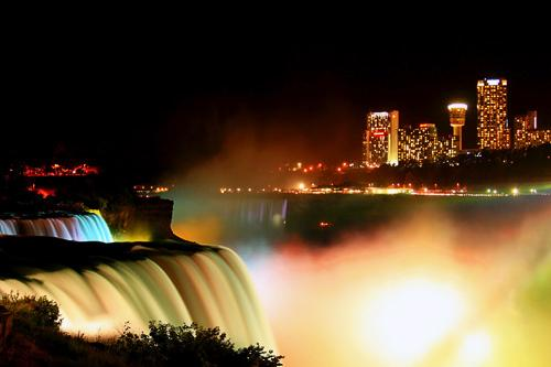 Niagara Falls is lit up as part of the CAA Winter Festival of Lights. © CAA Winter Festival of Lights