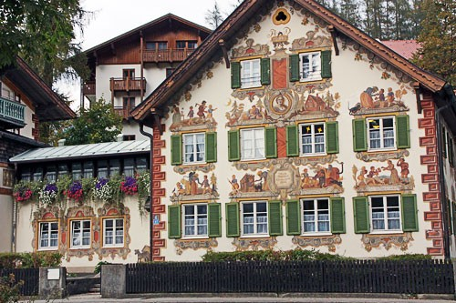 "Domestic architecture in Oberammergau, Germany. Photo by <a href=""http://www.frommers.com/community/user_gallery_detail.html?plckPhotoID=b7ab1deb-06f5-464d-a8e1-8765f3f89553&plckGalleryID=c0482941-0d2d-4cca-b8c4-809ee9e20c72"" target=""_blank"">C.L./Frommers.com Community</a>"