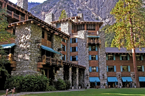 The South Lawn at Ahwahnee Hotel, Yosemite National Park. Kenny Karst/DNC Parks & Resorts at Yosemite, Inc.