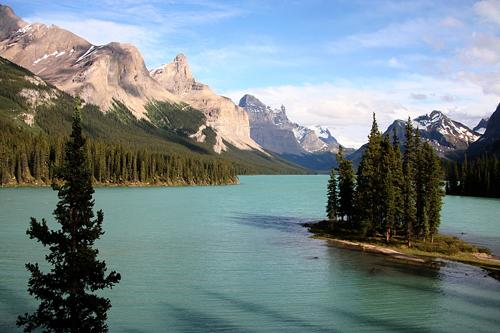 Spirit Island on Maligne Lake in Jasper National Park, the Canadian Rockies