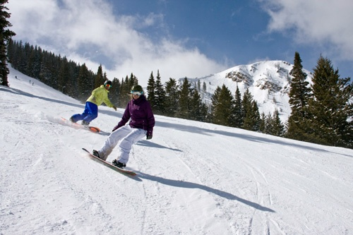Best Snowboarding Resorts In The US - The top 10 destinations for your snowboarding vacation