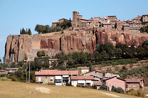 The plug of tufa rock supporting Orvieto has served as wine cellar, pigeon coop, and World War II bomb shelter.