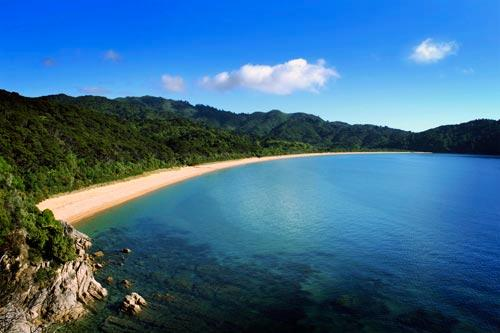 The beautiful beaches of Abel Tasman National Park, New Zealand.