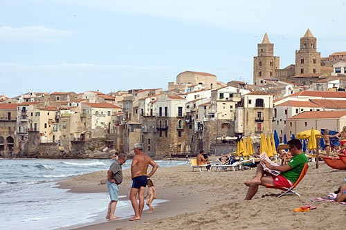Cefalù's best strip of sand for sunworshippers is just west of the town.