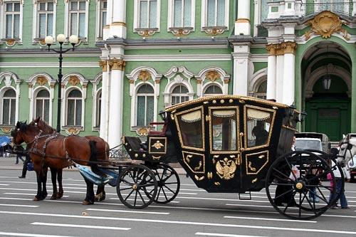A carriage outside the Hermitage Museum in St. Petersburg, Russia.