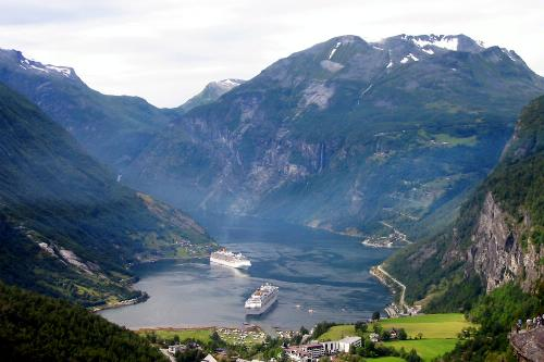World's Most Scenic Cruise Itineraries | Frommer's