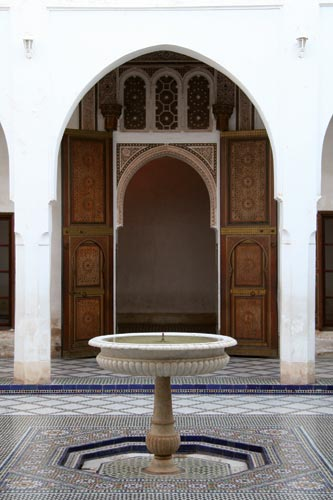 Wander the courtyards to appreciate the beauty of the Bahia Palace.