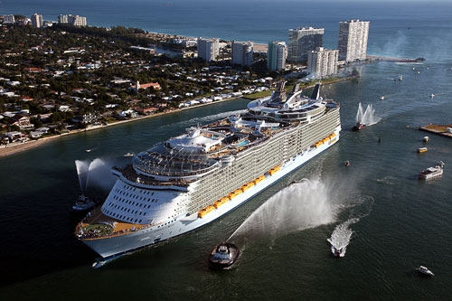Oasis of the Seas ship