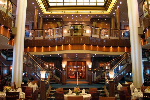 Queen Mary 2's main restaurant