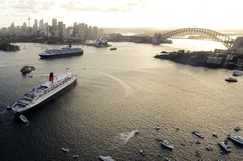 QM2 and Queen Elizabeth in Sydney Harbour.