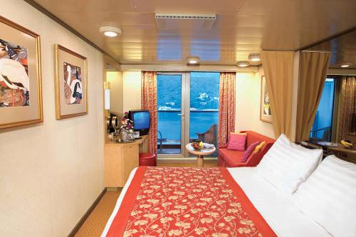 Holland america westerdam photo slideshow for Alaska cruise balcony room