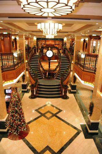 Christmas decorations on Cunard's Queen Mary 2.