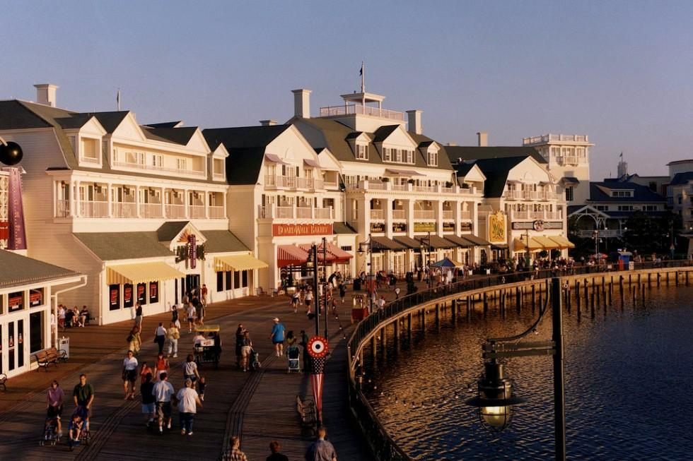 The charm and flavor of the 1930s Mid-Atlantic coast is recaptured at Disney's BoardWalk.