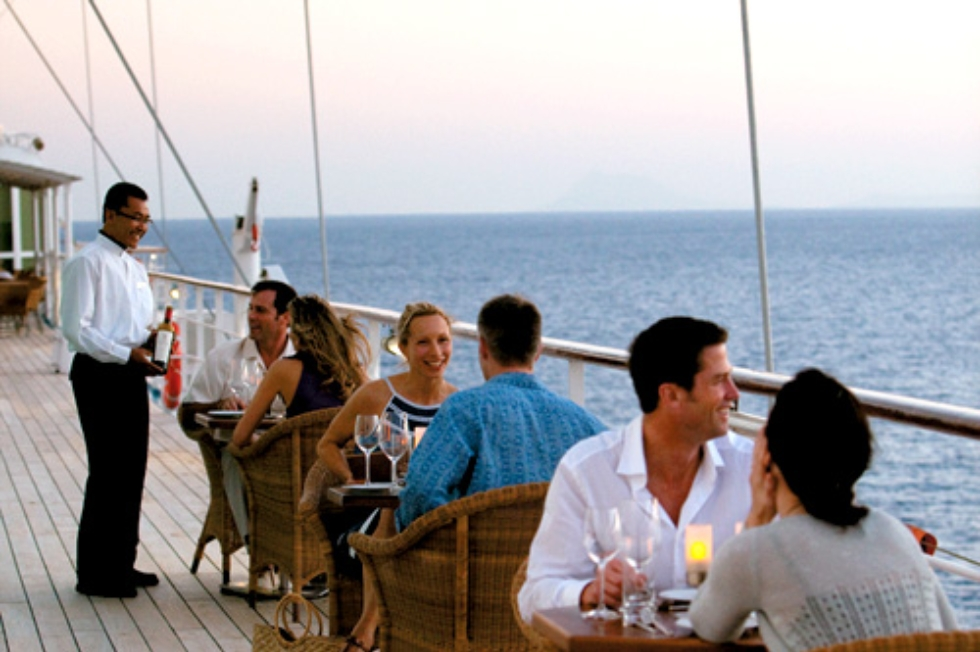 Dining on deck, Windstar Cruises.