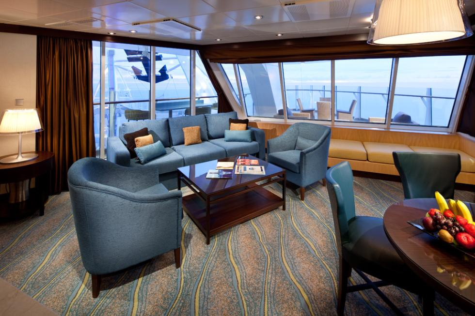 An Aqua Theater Suite on the Oasis of the Seas.