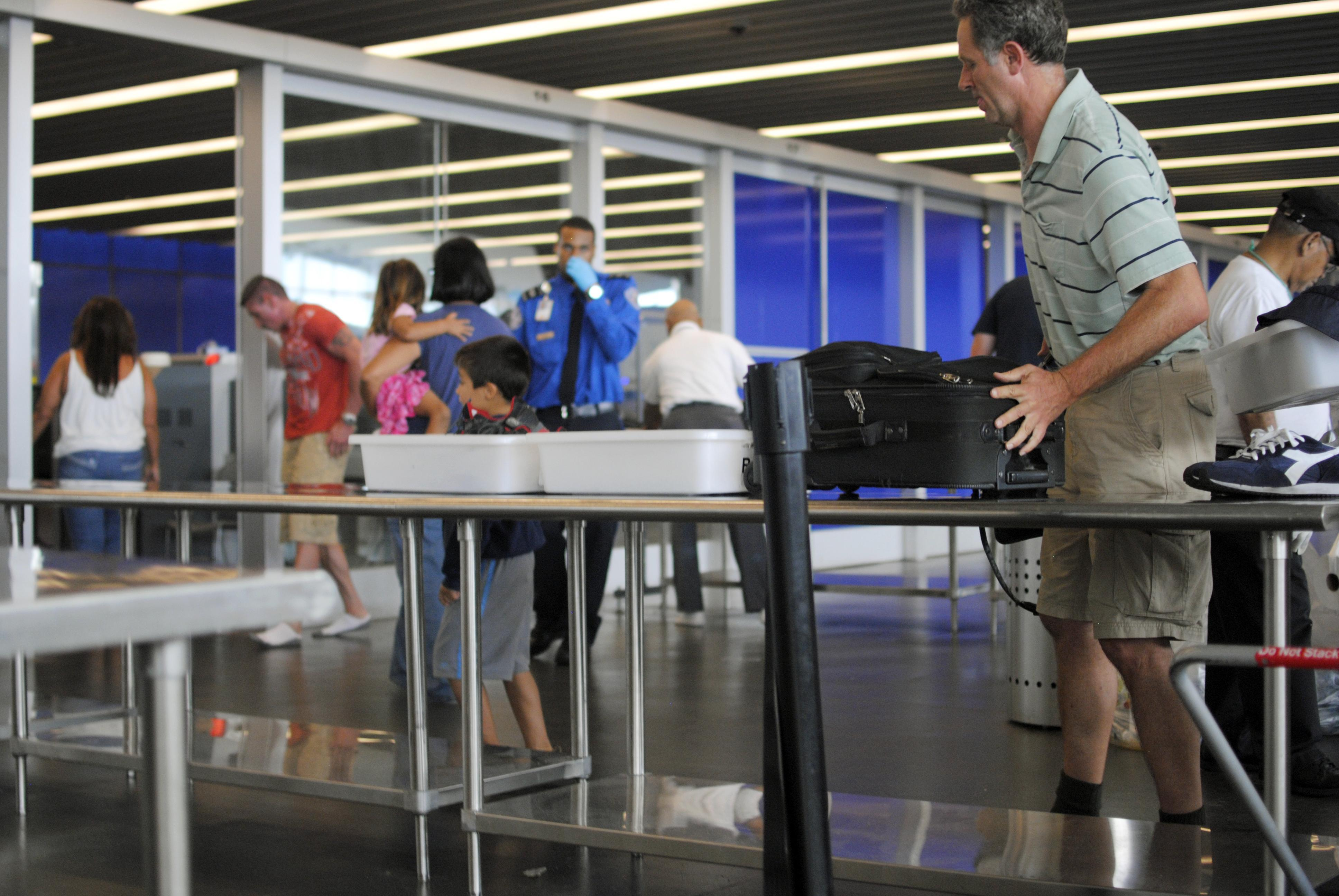 TSA Might Make You Remove Snacks from Your Carry-On | Frommer's